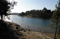 Praia de Cabeça Gorda, Lago Castelo do Bode